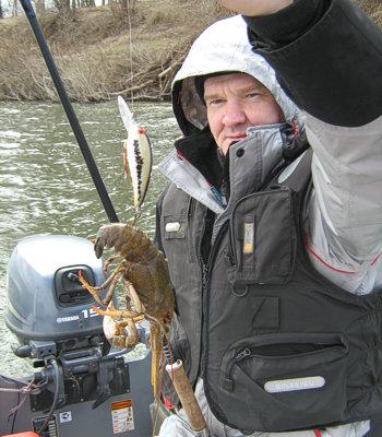 клюет ли рыба после первого снега